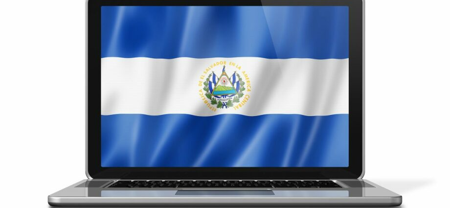 Bitcoin offers savings of $400 million a year for Salvadorans